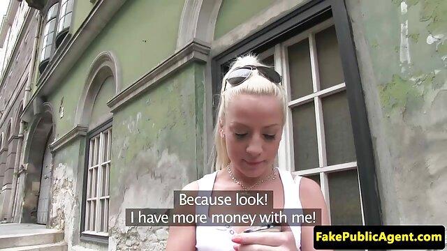 collants noirs déchirés jambes attachées sex arab grosse femme derrière la tête baise anale