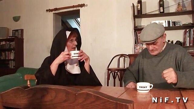 Mature foré grosse femme arabe nue par des blacks dans un anal interracial hardcore