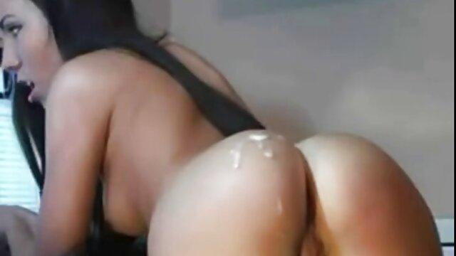 Compilation de Georgie, 60 ans, porn fille arabe de AllOver30.com